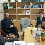 A pozsonyi magyar nagykövet látogatása a Fórum Intézetben